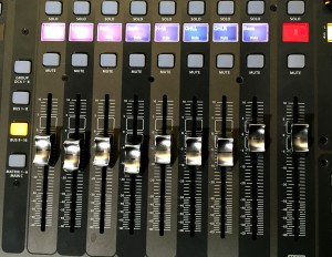 x32 bus faders